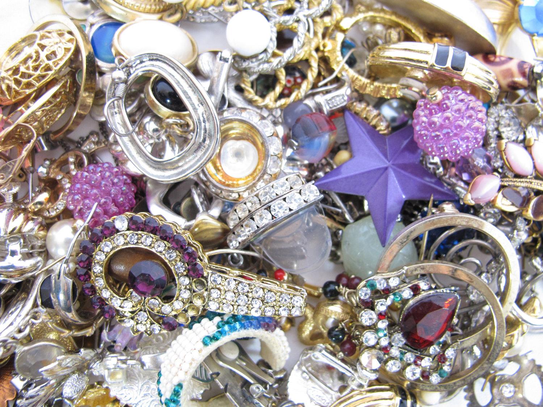 kako-kombinirati-nakit
