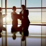 Žene na poziciji CEO-a zarađuju više od muškaraca