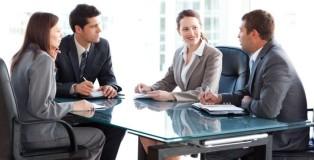 Kako_prekinuti_nekoga_na_sastanku