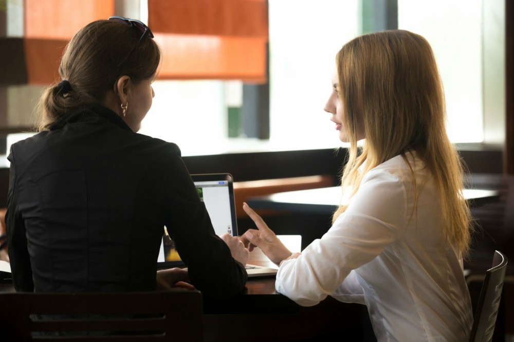 povezivanje poslovnih partnera kada se nakon razvoda ponovno započeti družiti