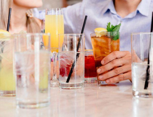 blagdanski kokteli