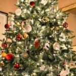 Tri neobična mjesta u kući za vaše božićno drvce