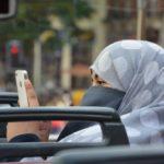 Princ iz Saudijske Arabije želi prekinuti tradiciju i poziva da se omogući ženama da same voze automobile