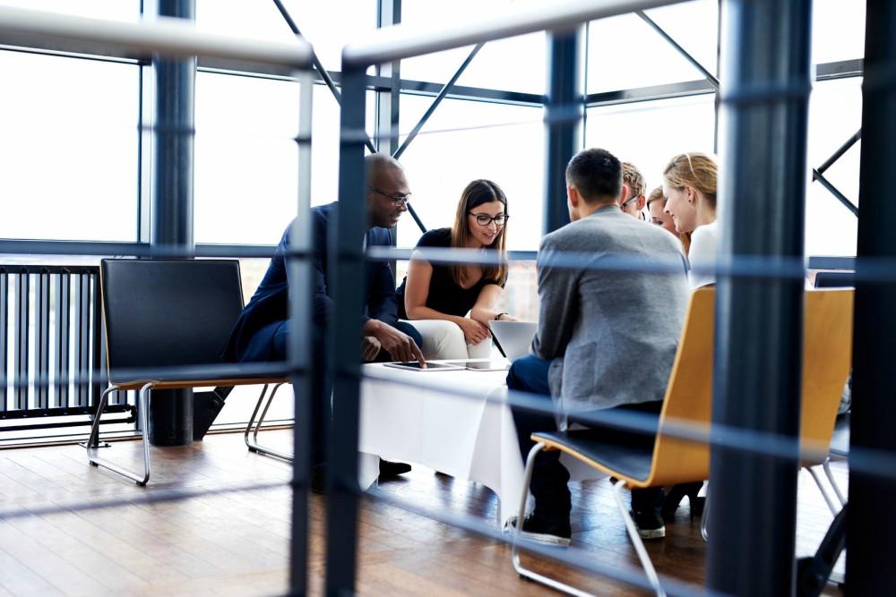 različiti izrazi za kolege na poslu
