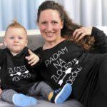 Ivku Armandu Todorović sin insiprirao da im kreira usklađene majice za kojima su mame poludjele!
