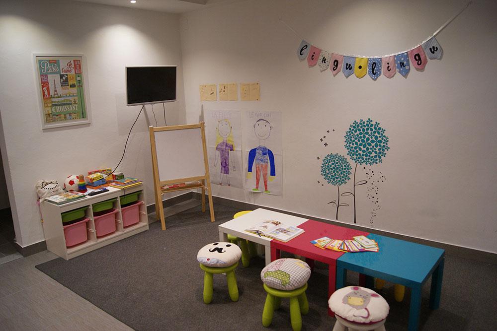 studio za prevođenje i učenje stranih jezika