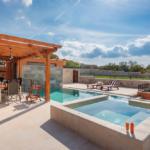 Luksuzne vile u dalmatinskom zaleđu pružaju jedinstveni odmor koji nećete zaboraviti