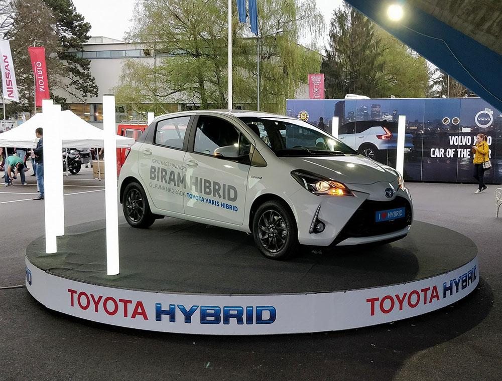 hibridni automobil