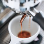 Zašto je aparat za kavu važna sastavnica svakog uredskog prostora?