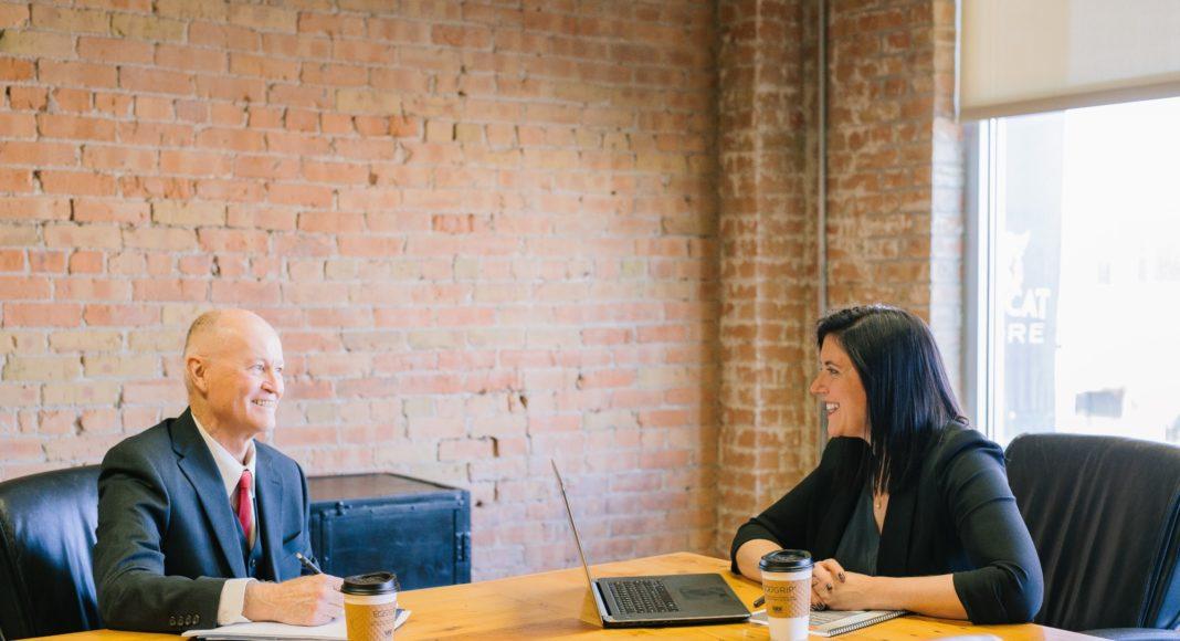žene na razgovoru za posao